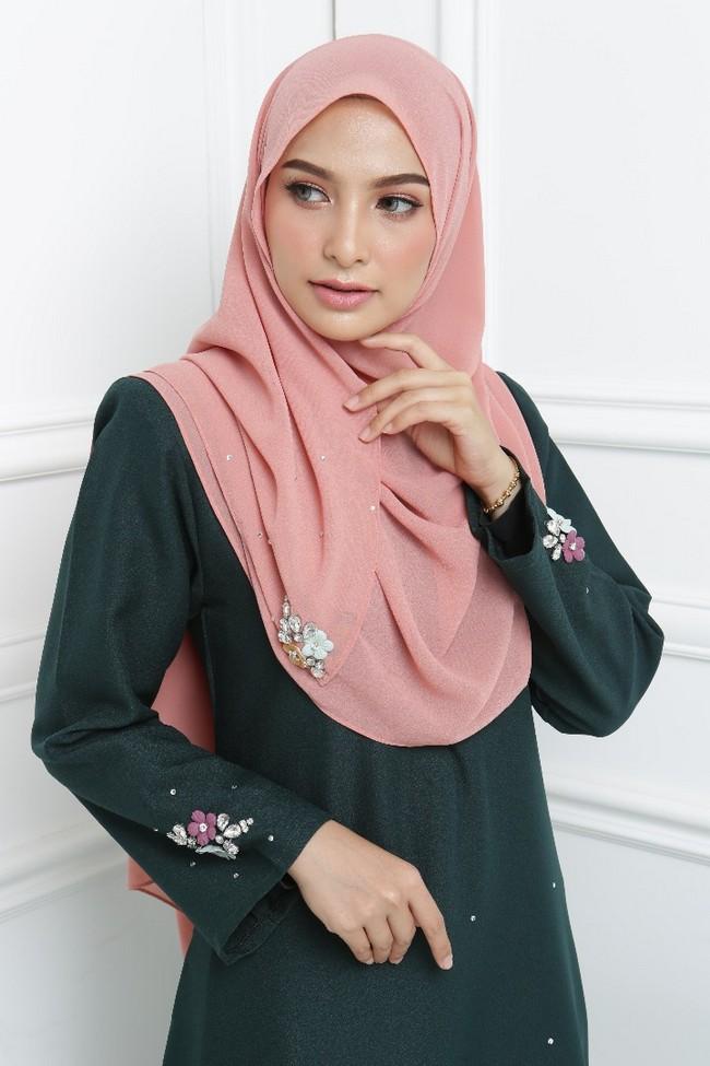 tudung dan shawl yang menarik 1