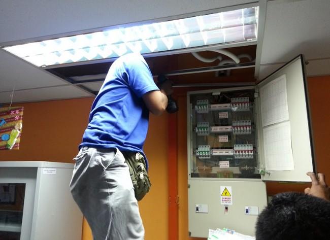 Servis Elektrikal, Pendawaian Dan Pemasangan Lampu Trusted