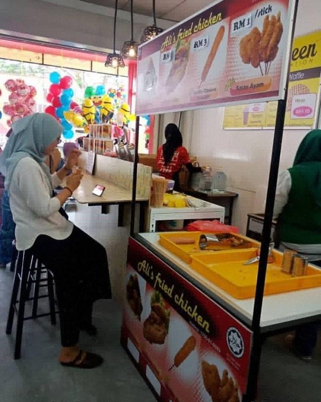 Perniagaan Waffle Kiosk Mudah