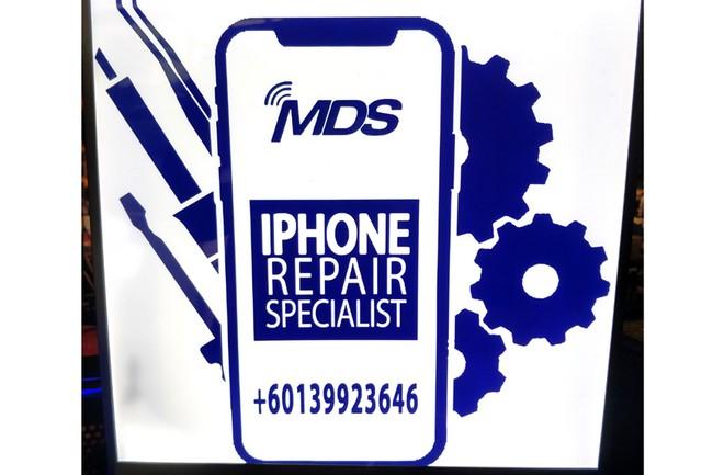 Repair iPhone di Padang Jawa Laju