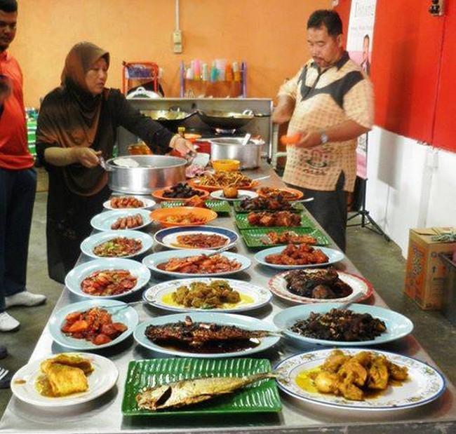 Kursus Masakan Komersial Dari Dato' Chef Li Bangi