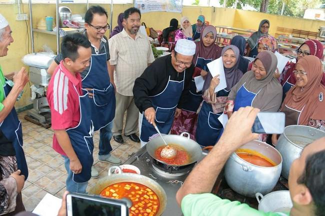 Kursus Masakan Komersial Dari Dato' Chef Li di Bangi