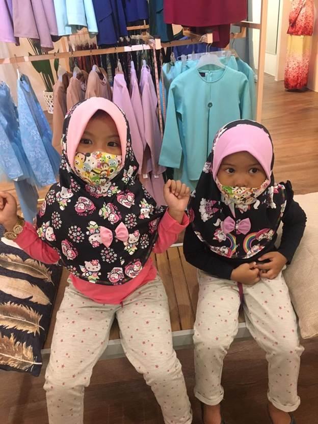 pilihan pakaian kanak-kanak menarik